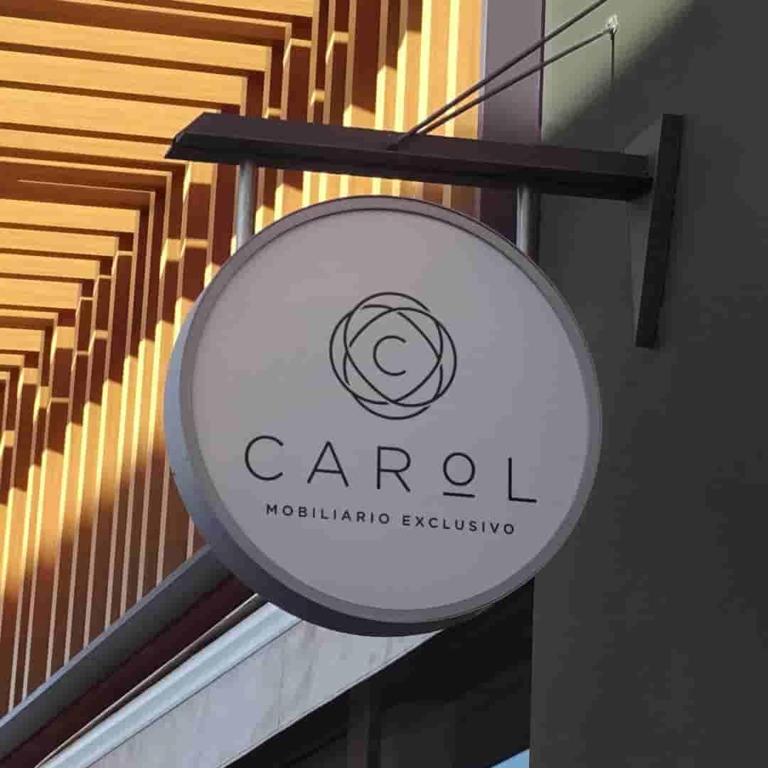 carol1-min-min-min
